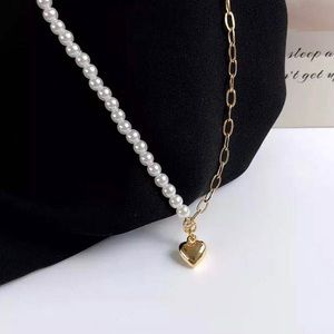 Stylish & Chic Heart Charm Necklace